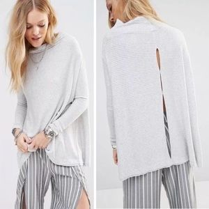 We The Free Gray Lover Rib Thermal Cowl Top